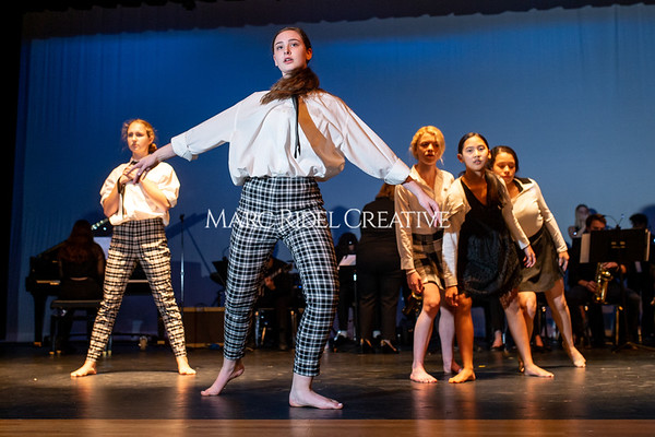 Broughton dance fusion dance rehearsal. November 15, 2019. D4S_0749