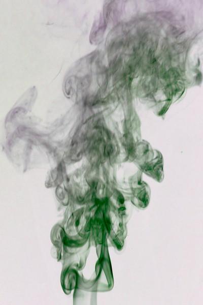 Smoke Trails 5~8637-1ni.