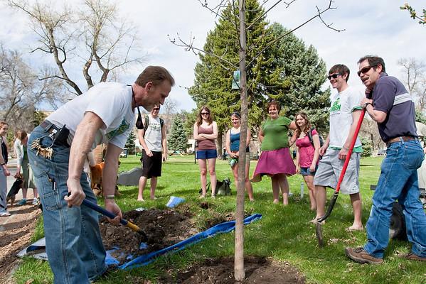 Tree Planting (4.23.09)