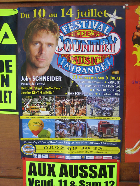 In Trie-sur-Baise, you can spend Bastille Day at an American style country music festival with american cars, big rig trucks & hot air baloons. Weird.