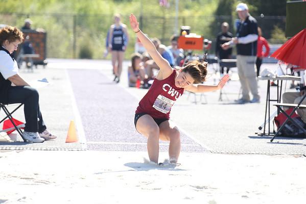 2013-05-04 UW Track & Field Meet - Womens Long Jump