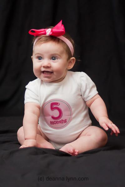 2012 - 1/7 Chloe 5 months