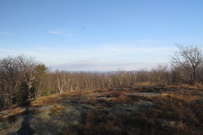 View ledges just before the summit.JPG