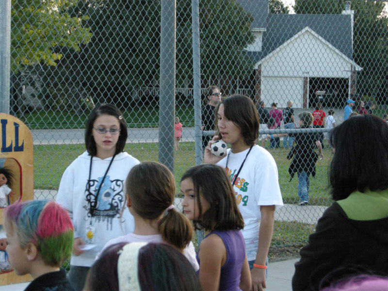 3916_Humann_Elementary_Fun_Night1_800x600.JPG