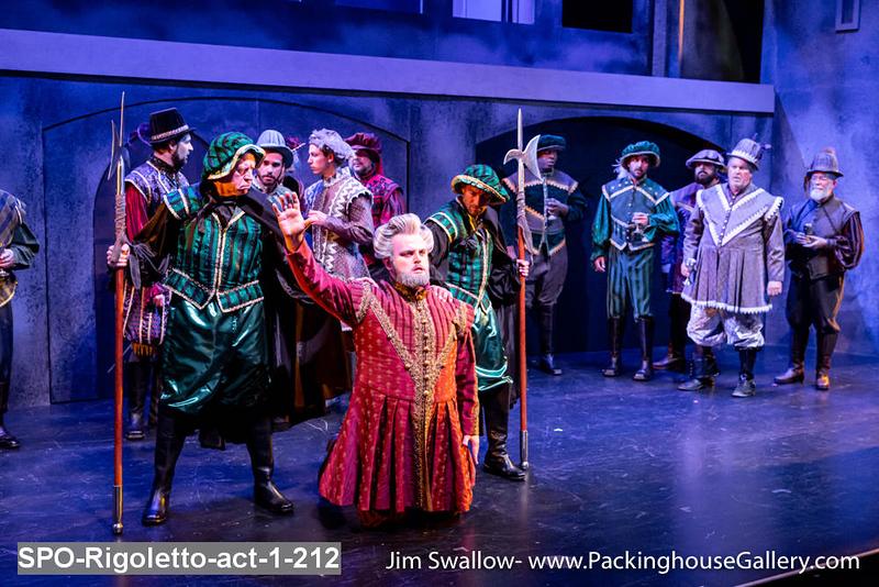 SPO-Rigoletto-act-1-212.jpg