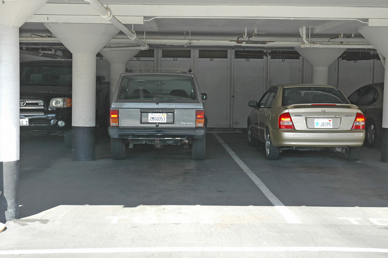 Tandem style parking can accomodate 2 to 3 cars...