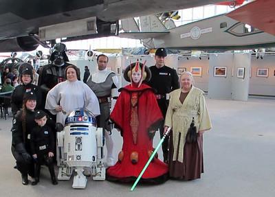 2014 1011 Star Wars Reads Day