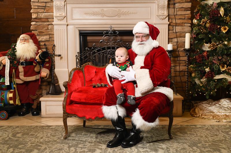 Santa2018.TylerBoye.-230.jpg