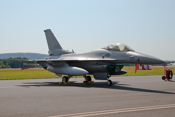 F-16C Fighting Falcon, aka Viper 158th Fighter Wing from Burlington, VT, Vermont ANG 8/19/10