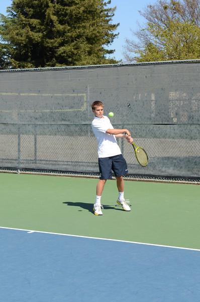 Menlo Boys Tennis 2014 - Frosh 1 - 7.jpg