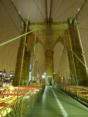 2014 Brooklyn Bridge at night