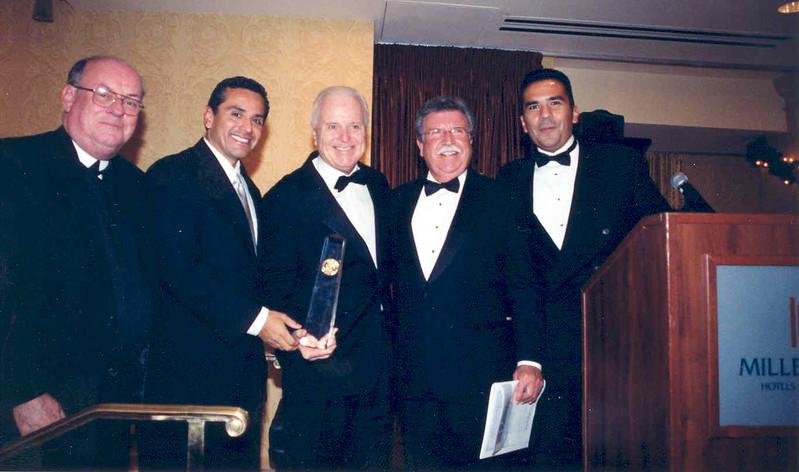 2001 Schlarship Banquet (Br. James, Notables Riordan, Farfan.jpg