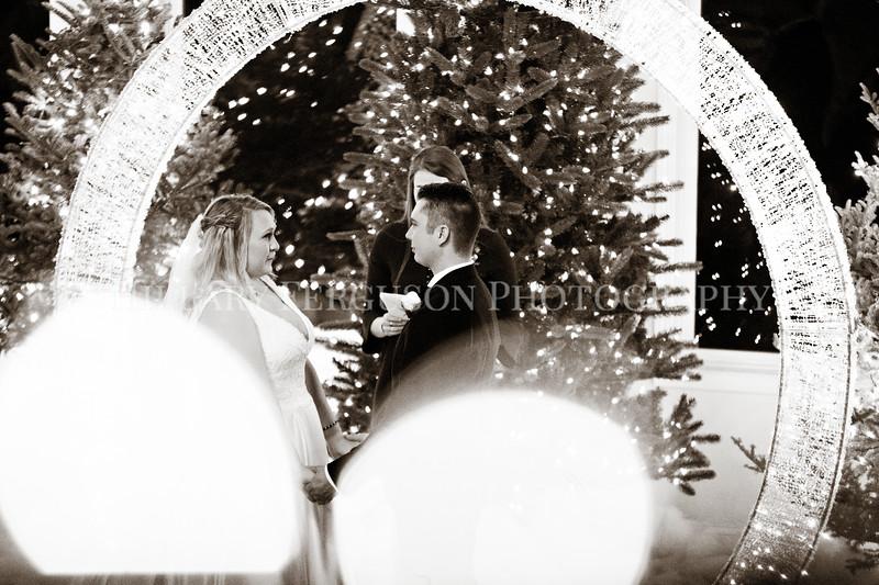 Hillary_Ferguson_Photography_Melinda+Derek_Ceremony092.jpg