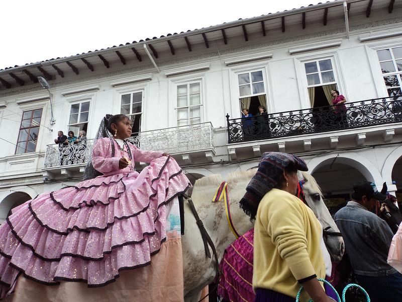 el-pase-del-nino-viajero-parade_5290640752_o.jpg
