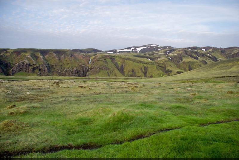Í Álftavötnum horft að Bláfjalli