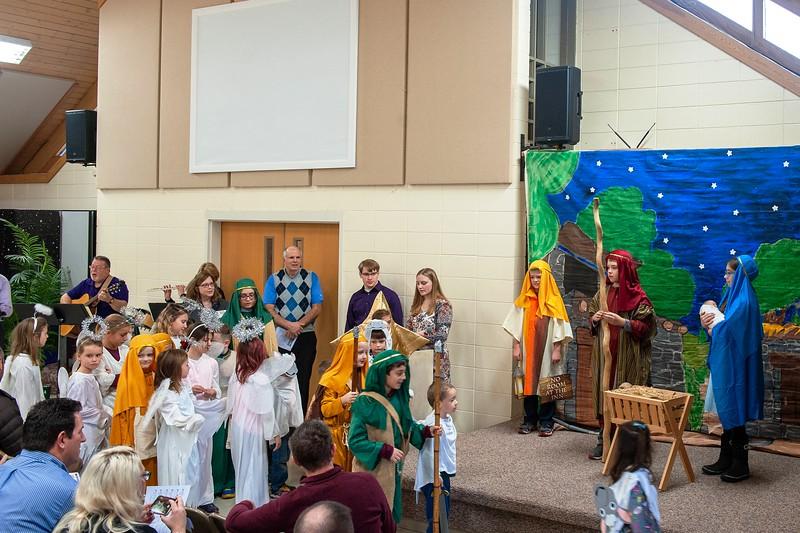 20191209 Faith Children Advent Family Gathering-8017-2.jpg