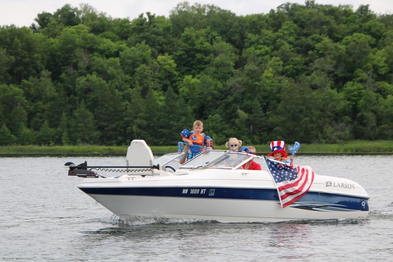 2019 4th of July Boat Parade  (63).JPG