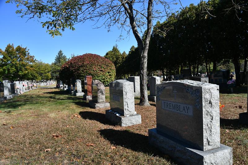 St-Joseph-Cemetery-Oct2019-56.jpg