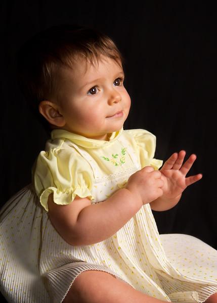 Mayah 9 months-36.jpg