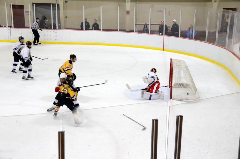 141004 Jr. Bruins vs. Boston Bulldogs-184.JPG