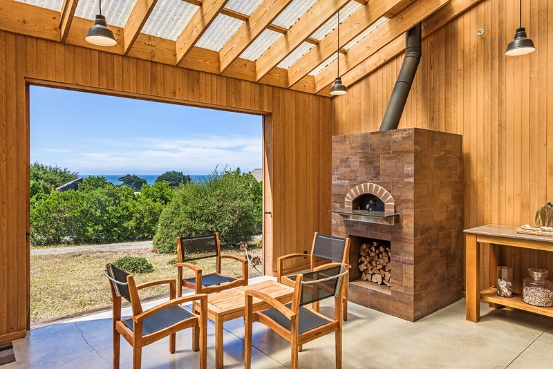 Front Patio with Pizza Oven