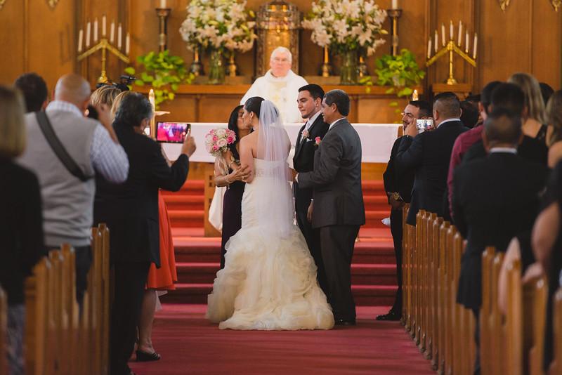2015-10-10_ROEDER_AliciaAnthony_Wedding_KYM_0171.jpg