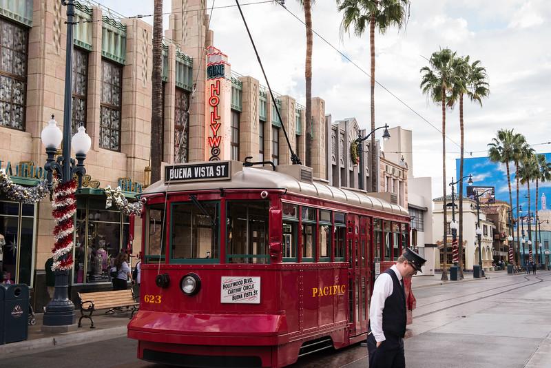 2016-11-19 Disneyland 006.jpg