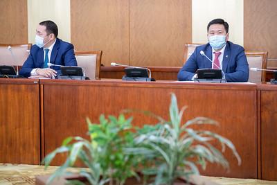 Оюутолгой ордын ашиглалтад Монгол Улсын эрх ашгийг хангуулах тухай ажлын хэсэг байгуулах асуудлаар мэдээлэл хийлээ