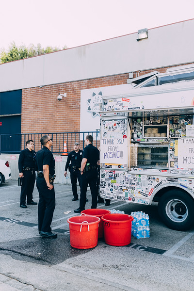 lafd-hollywood-division-lunch-05-21-2020-RG-30.jpg