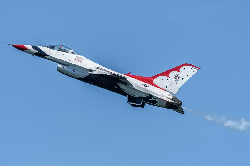 Maj Whit Collins, Lead Solo #5, USAF Thunderbirds 2018