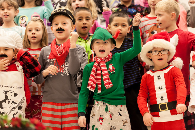 3 First grade Christmas Show R-8.jpg