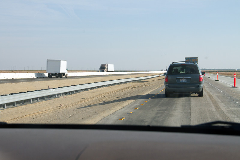 Southbound I-5 lanes still split in construction