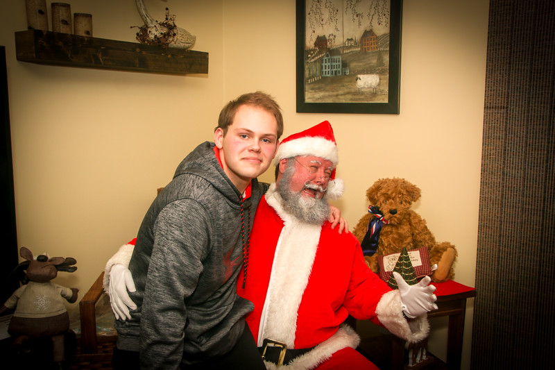 Santa Tim with Enzo 2018-86.jpg