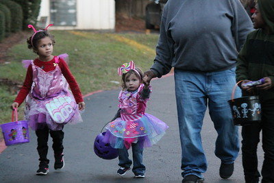 Holiday Nursing Home Trick-or-Treaters