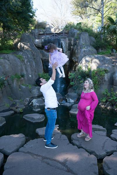 Maternity -08682.jpg