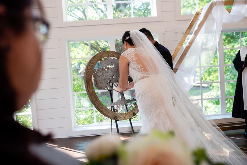 Kaitlin_and_Linden_Wedding_Ceremony-132.jpg