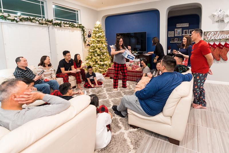 20191225_christmas-ho-family_014.jpg