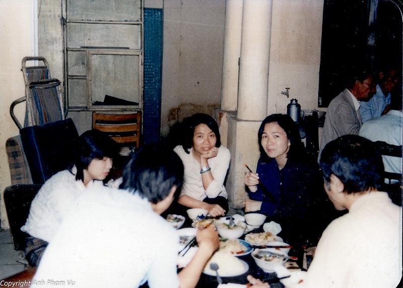 Vietnam 80s 79.jpg