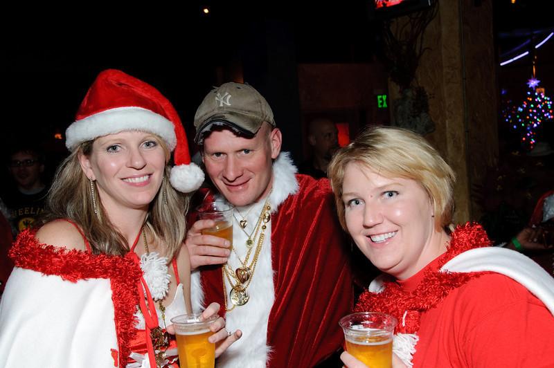 2009 ALS Santa Crawl-145.jpg