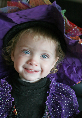 10-5-2008 Kaylie Witch Costume