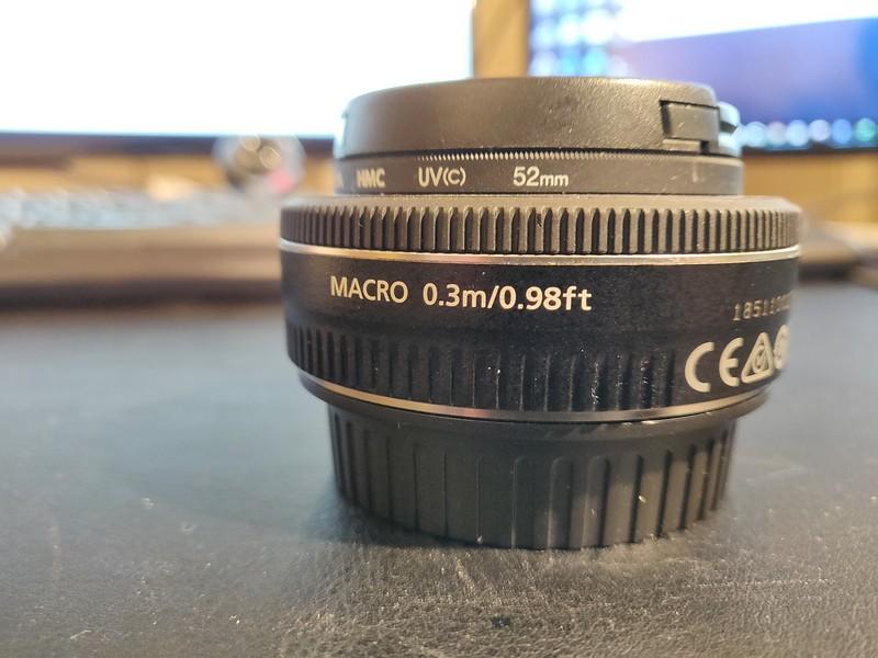 Canon EF 40mm 2.8 STM - Serial 1851100278 003.jpg