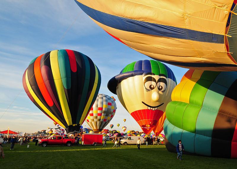 NEA_5628-7x5-Balloons.jpg