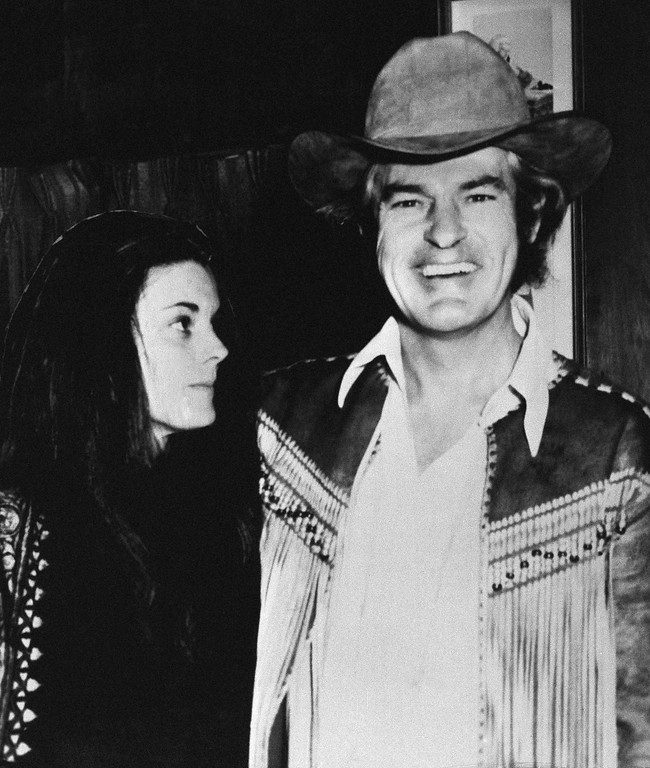 . Dr. Timothy Leary, 49, former Harvard instructor and exponent of using marijuana and LSD, is with his wife, Rosemary, 33, as they arrived for Leary?s trial in Laredo, Texas, Jan. 20, 1970. Leary is charged with illegally transporting marijuana and is being retired after the U.S. Supreme Court overturned his 1966 conviction. (AP Photo)