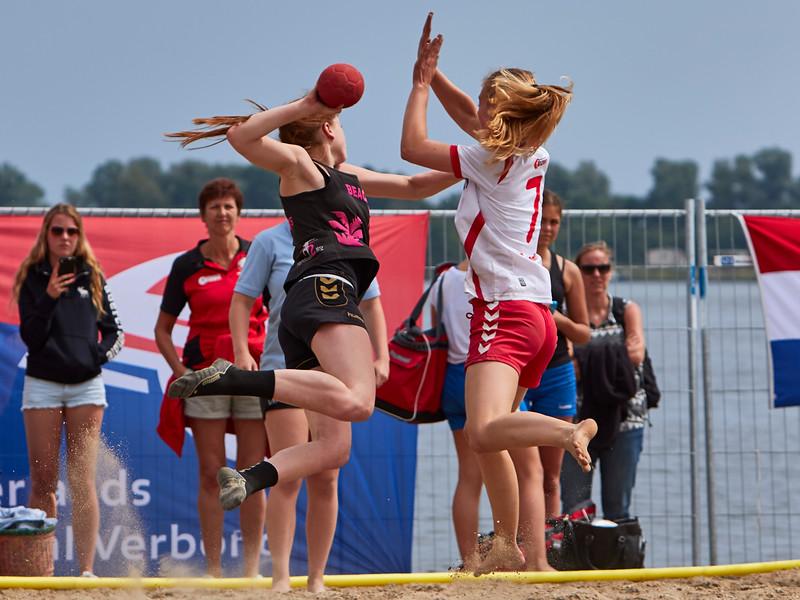 Molecaten NK Beach Handball 2015 dag 2 img 709.jpg