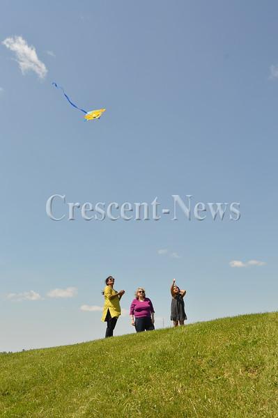 05-22-16 NEWS Kite Fest