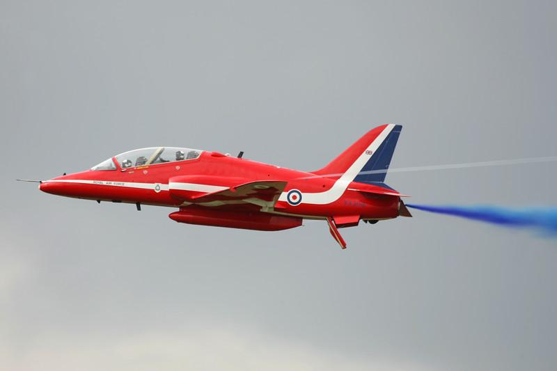 RedArrows-RoyalAirForce-2004-07-18-FFD-EGVA-GJ7I9412-DanishAviationPhoto.jpg