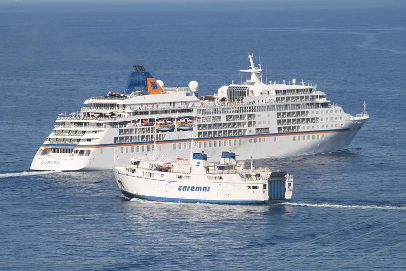 2010 - M/S EUROPA escaped from collision with F/B FAUNO offshore Capri.