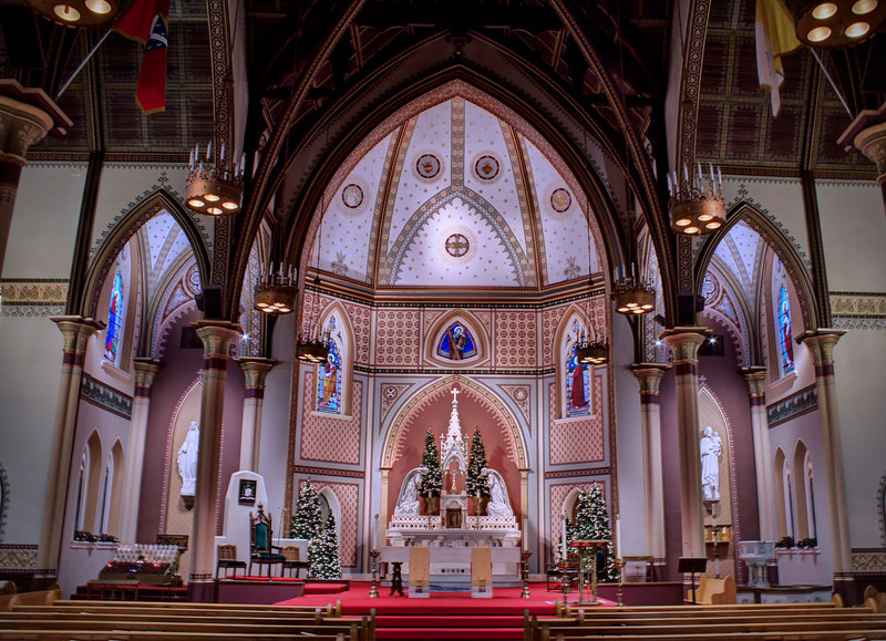 St. Andrews' apse and altar - Little Rock, AR