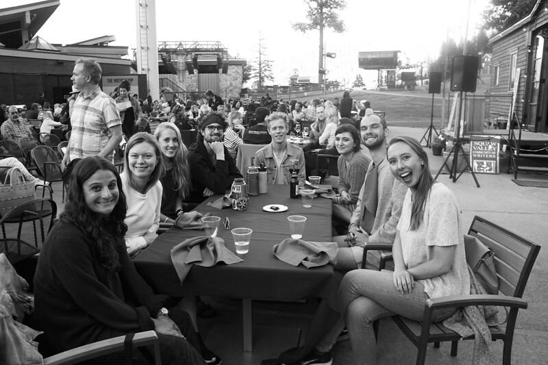 group_dinner.jpg