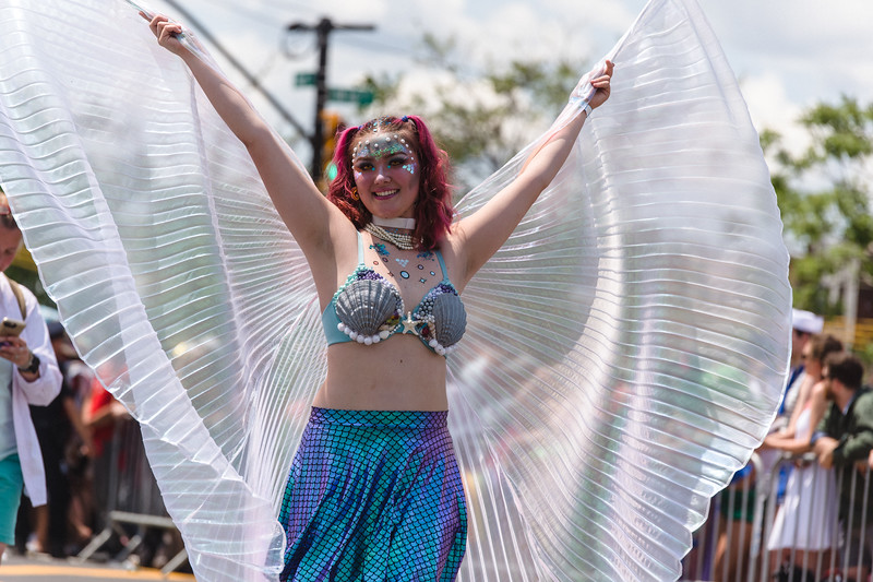 2019-06-22_Mermaid_Parade_1881.jpg